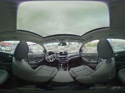 360° Innenansicht Hyundai Tucson      Premium P-Dach AHK Vollleder Navi 19 Zoll LED Sitzheizung