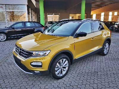 Volkswagen T-Roc Style 1,5 Ltr. - 110 kW 16V TSI ACT DSG 7 GANG-ACC-BLIND SPOT-ELEKTR.HECKKLAPPE-DACH SCHWARZ