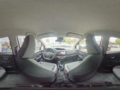 Toyota Yaris Y20 Club 1.5 Dual-VVT-iE Premium-KLIMA-KAMERA-ALUFELGEN-NSW-PCS SYSTEM-FERNLICHTAUTOMATIK AHB-TEMPOMAT