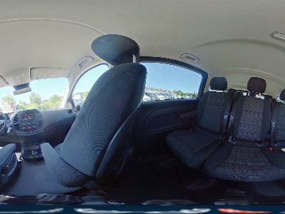 Mercedes-Benz Vito 114 d BlueTec Lang Edition Navigation Aktiver Park-Assistent Rückfahrkamera Anhängerkupplung 8-Sitzer