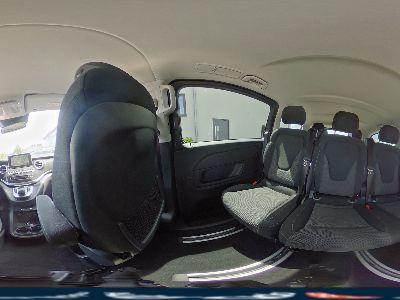 Mercedes-Benz V-Klasse V 250 d BlueEfficiency Extra Lang Edition Allrad Navigation Comand Aktiver Park-Assistent Sport Paket Rückfahrkamera Doppelklimaanlage Totwinkel Verkehrszeichen Spurhalte Assistent LED Inteligent Light System 2x Elektrische Schiebetüren 7-Sitzer EASY Pa