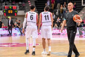 Basketball Champions League: Telekom Baskets Bonn vs. Hapoel Unet Holon