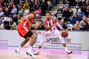 easy credit BBL: Telekom Baskets Bonn vs Brose Bamberg