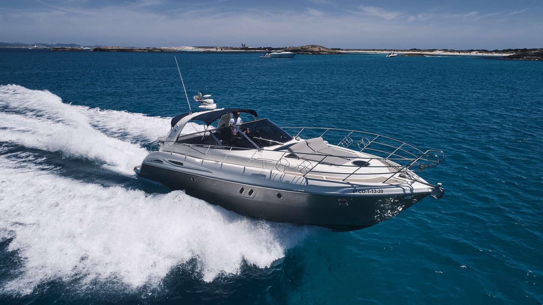 Cranchi-yacht-charter-ibiza