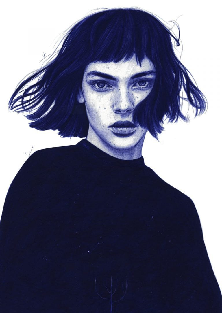 Ilustración realista a bolígrafo Bic azul de una chica con el pelo revuelto por el viento