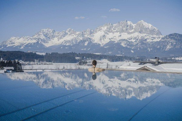 Infinity Pool Winter