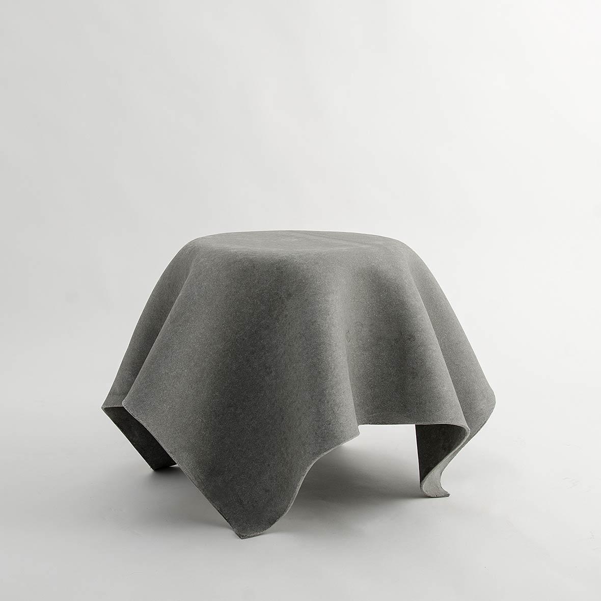 Tisch Hocuspocus 45 cm aus Faserzement
