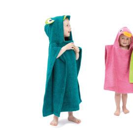 kinderbademaenteli-striva holz und textil