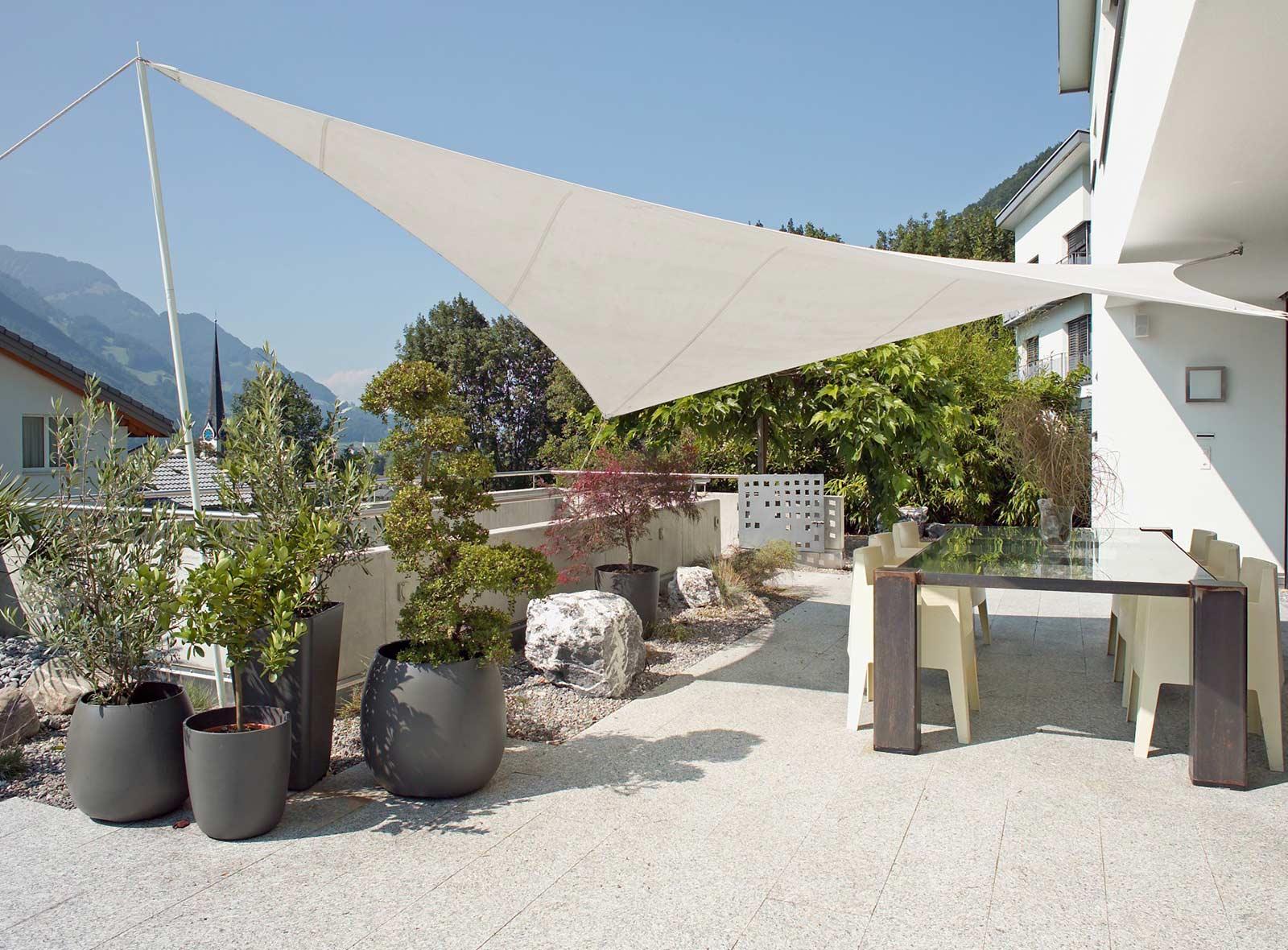Ambiente f r garten terrasse oder balkon bestswiss - Terrasse hoher als garten ...