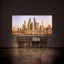 Individualisierte Glasrückwand Screenlight dimmbar von Glaströsch