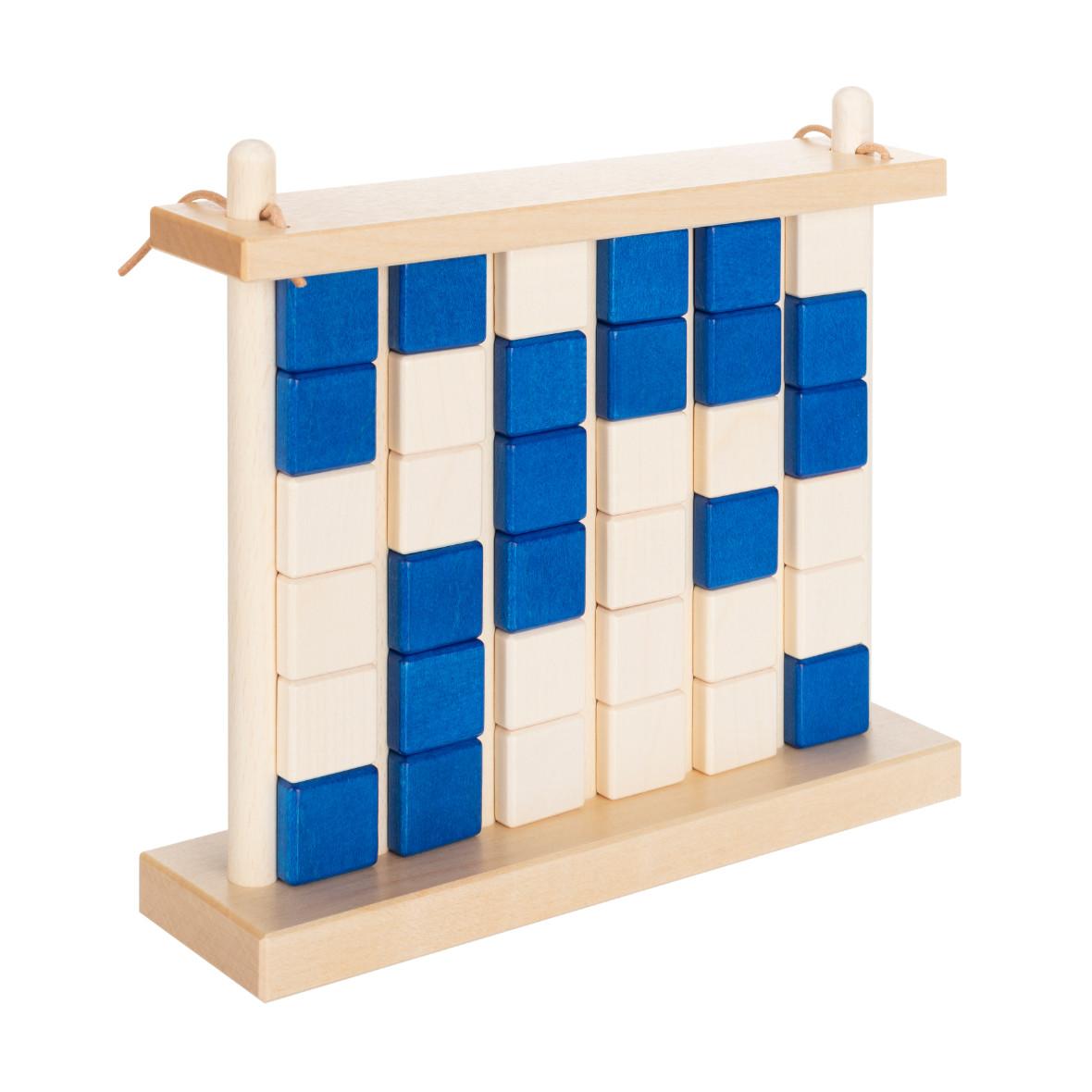 Vier-Gewinnt aus Holz von Ahorn Holz und Spiel, blau und verschlossen