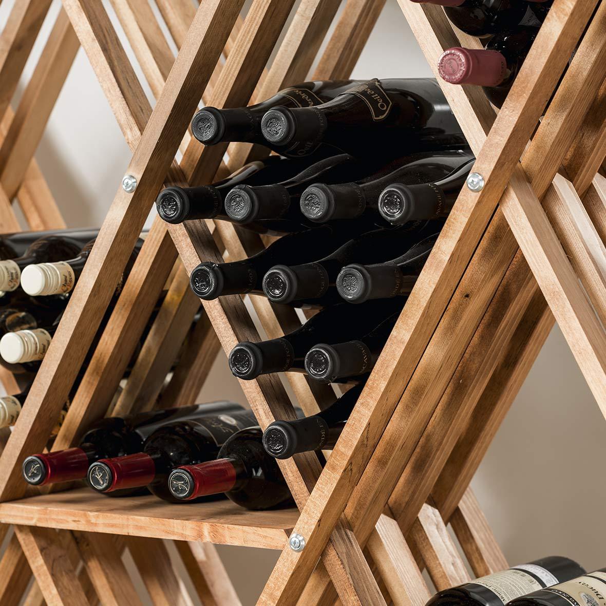 Weinflaschenregal Rhombus Ausschnitt von Eicher Holzwaren