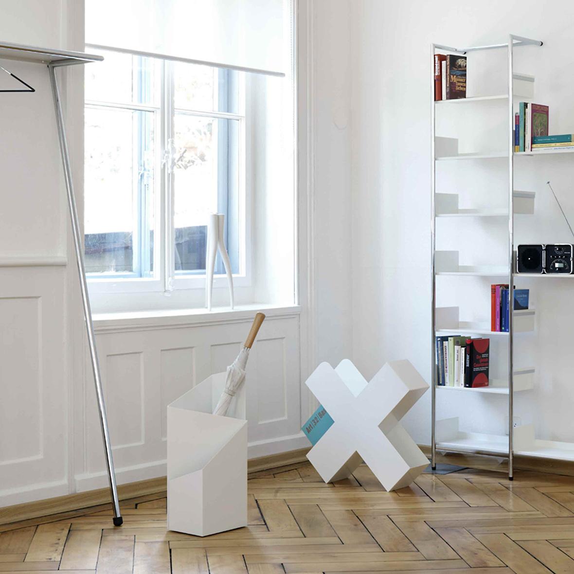 Mox Möbeldesign Klassiker Pool Regal Bestswiss