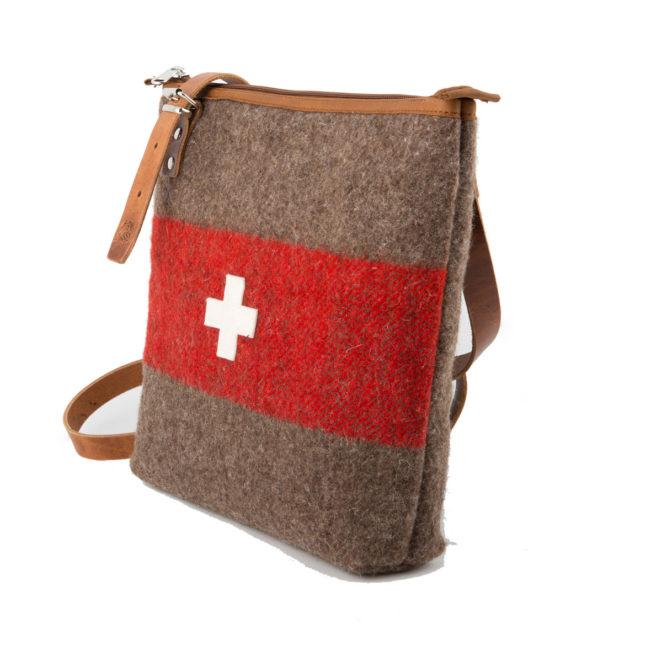 Umhängetasche WD 22 - Schweizer Armeedecke - Schweizer Kreuz