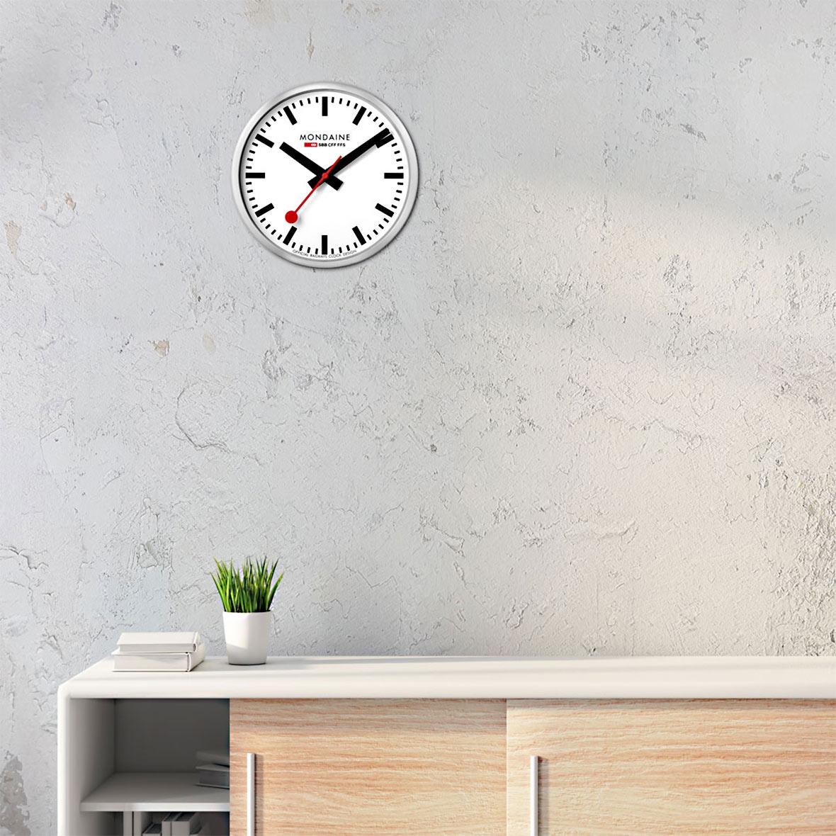 Offizielle SBB Wanduhr - Quarzuhrwerk - Stunden-/Minuten-/Sekundenanzeige