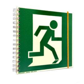 Notizbuch aus recycelten Signalisationsplatten