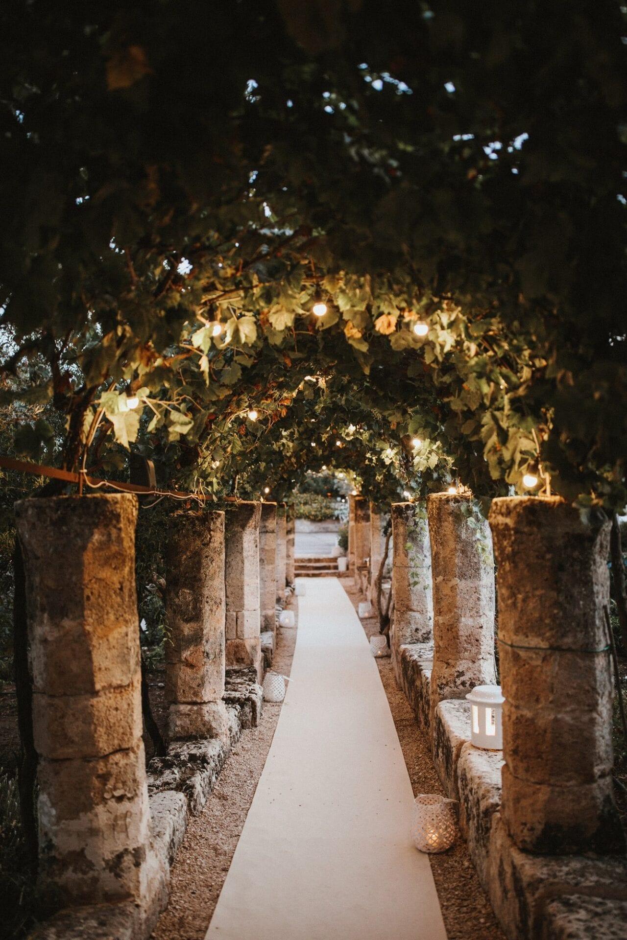 Matrimonio Spiaggia Salento : Matrimonio a masseria torre coccaro bianco bouquet