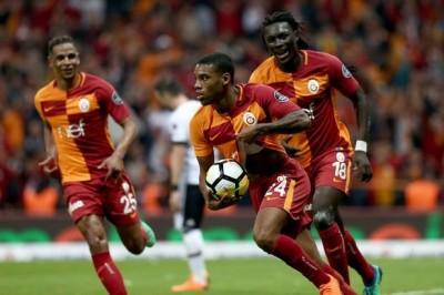 Galatasaray sahasında Beşiktaş'ı 2-0 yendi. İzle