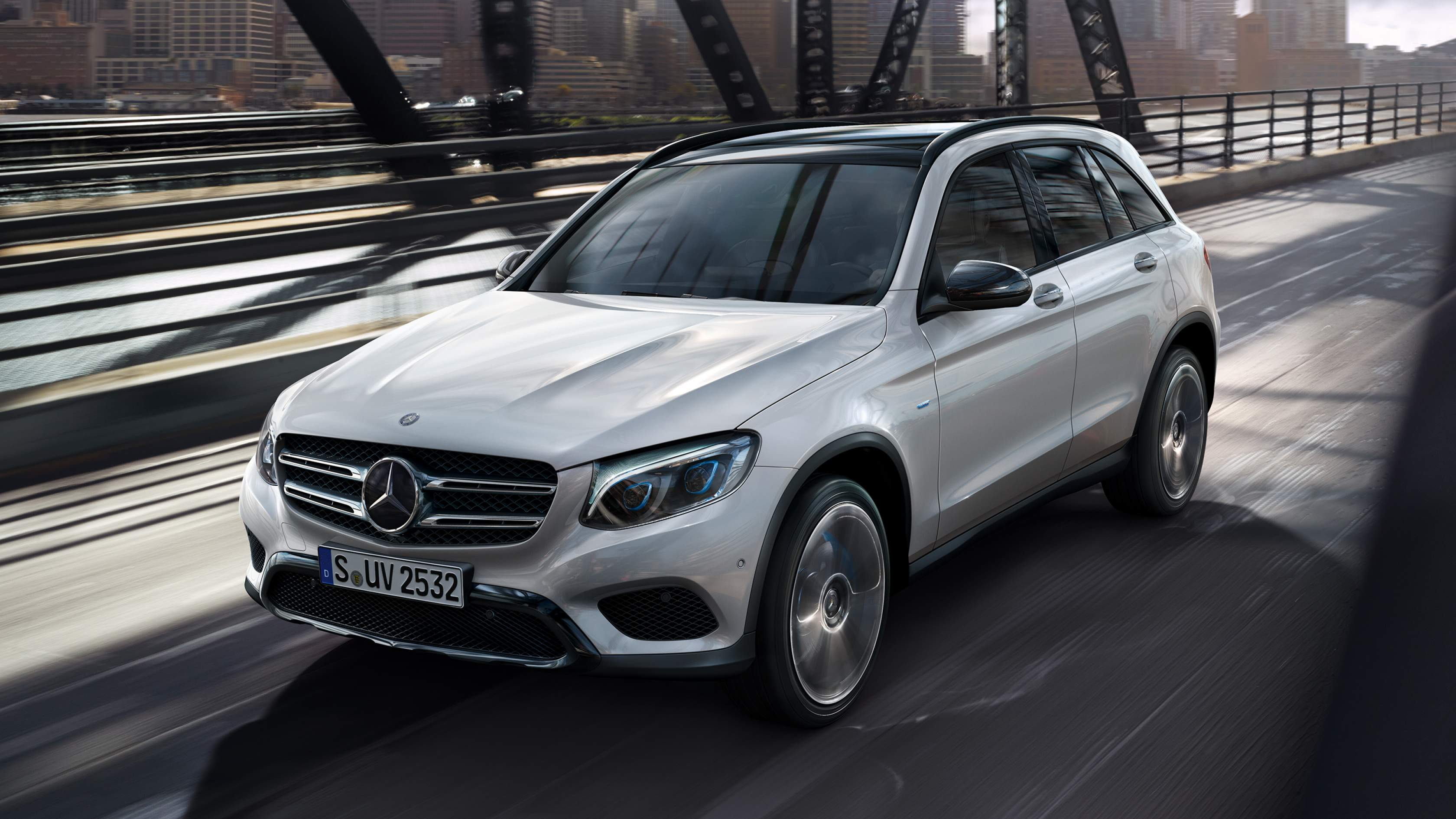 Mercedes-Benz GLC FleetEdition hos Björkholm bil i Skövde