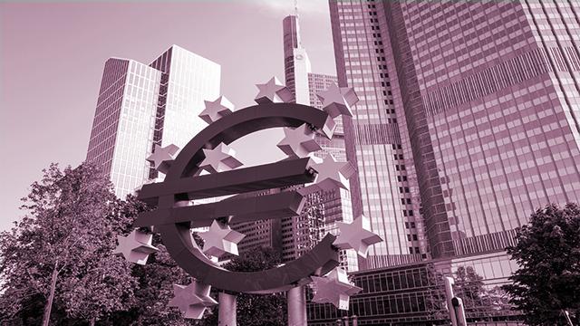 Banques centrales et États : des liaisons dangereuses ?