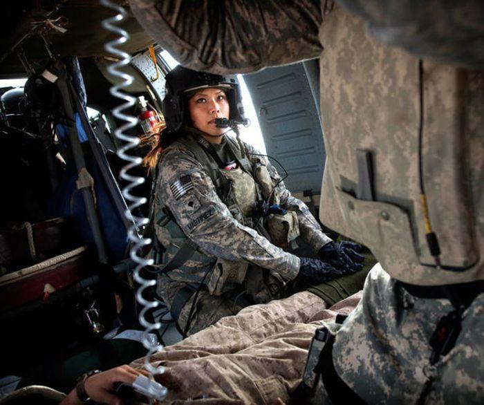 girls in army 09 - בנות בצבא - מסביב לעולם (30 תמונות)