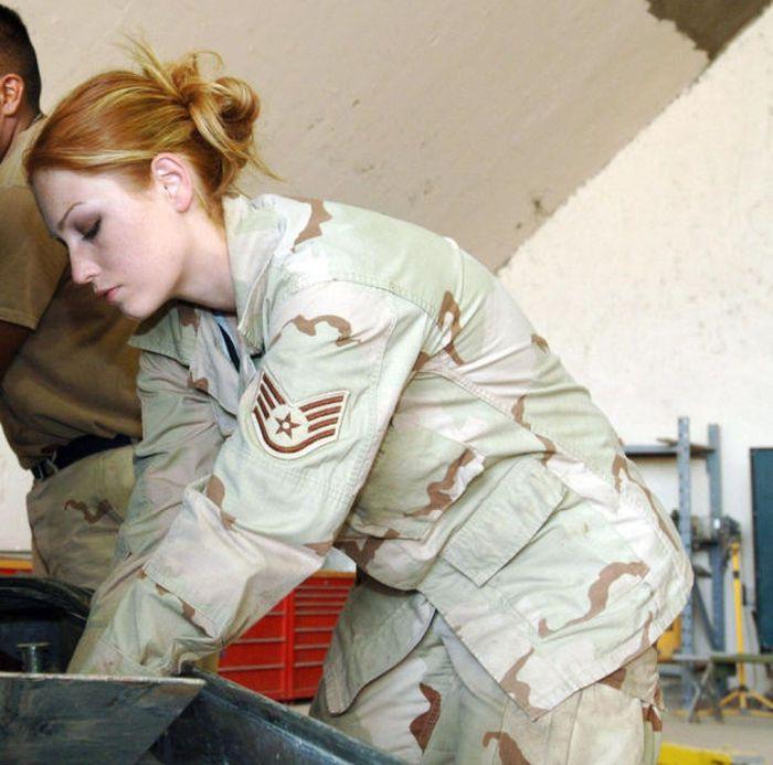 girls in army 11 - בנות בצבא - מסביב לעולם (30 תמונות)