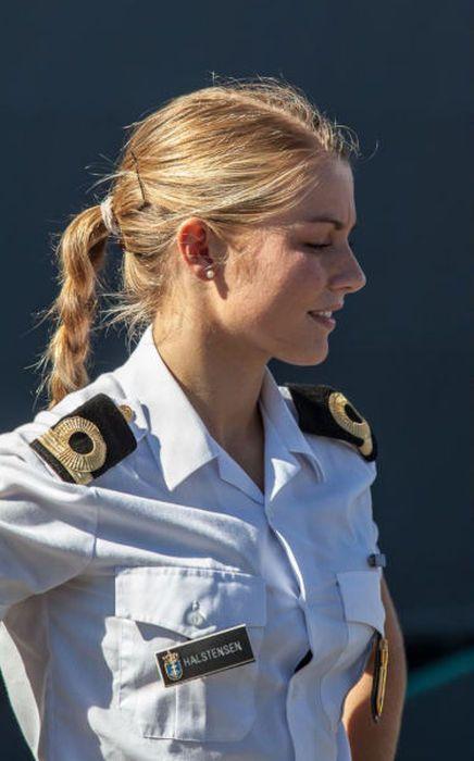 girls in army 24 - בנות בצבא - מסביב לעולם (30 תמונות)