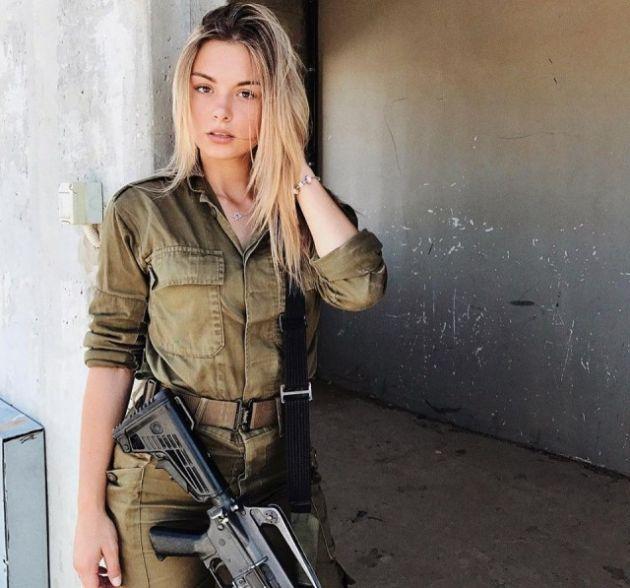 949f3944df4348e0aaeaf7a3fbe0fb3a - סקסיות בצבא (30 תמונות)