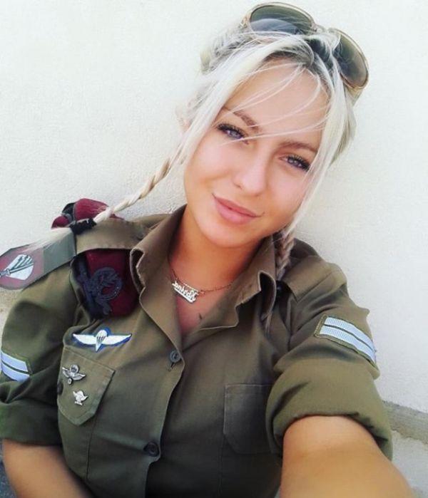 618d30a6f76e5556d5bdfb928c1a4c10 - סקסיות בצבא (30 תמונות)