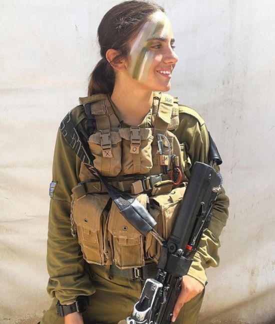 74327f71953e936d8ab009bce31c6e6b - סקסיות בצבא (30 תמונות)