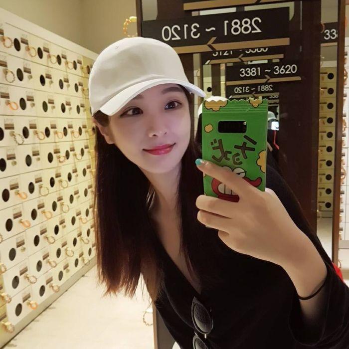 3f665d4bbfee651e368523c3e6196d8d - Hyunseo Park, המרצה היפה ביותר מדרום קוריאה (22 תמונות)