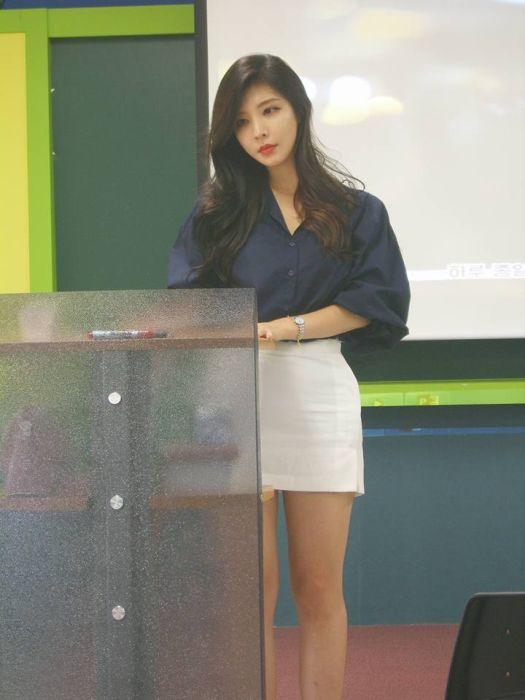 86b99b0d6dd7e610482f4f556106ca70 - Hyunseo Park, המרצה היפה ביותר מדרום קוריאה (22 תמונות)