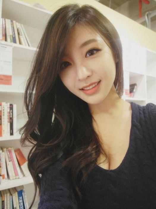 eae73507d4695e0e546df5ef922adce5 - Hyunseo Park, המרצה היפה ביותר מדרום קוריאה (22 תמונות)