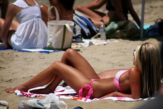 0e6b53a9c9e6d98bb8a2e66d43655685 - בנות בחוף הים (35 תמונות)