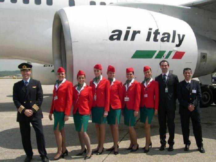 6a5389f0b1ace5e99b82acf867af3785 - דיילות סקסיות מחברות תעופה מכל רחבי העולם (45 תמונות)