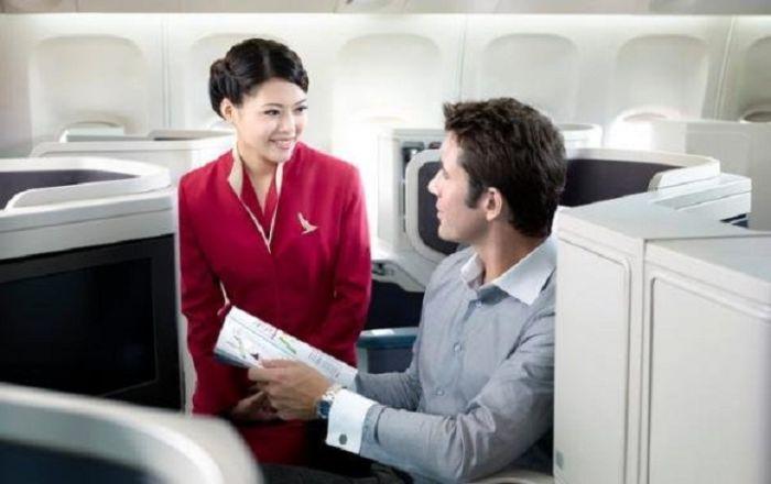 030807b29b0b25e0665038bce91e8667 - דיילות סקסיות מחברות תעופה מכל רחבי העולם (45 תמונות)