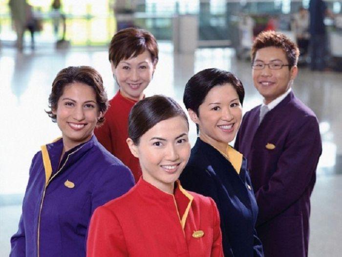 a9a4b14581d53ce9ab7c526ca1e1e1e5 - דיילות סקסיות מחברות תעופה מכל רחבי העולם (45 תמונות)