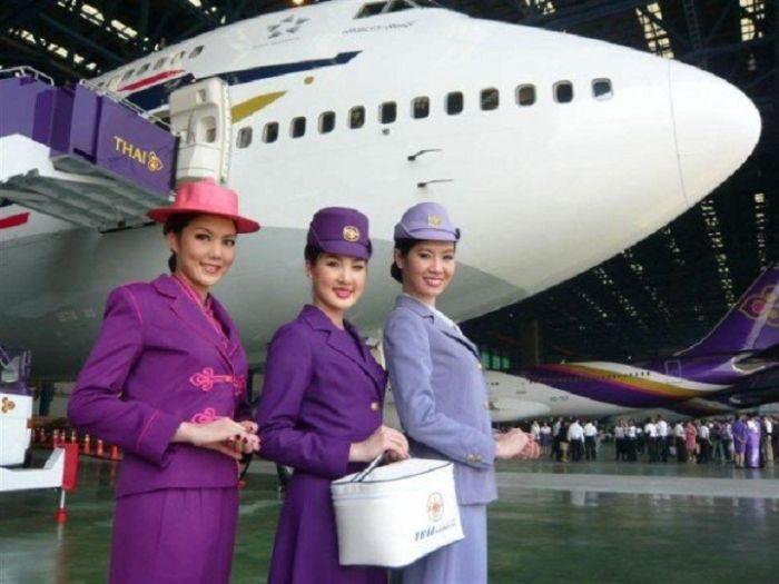 94b953a12d07e4ea4e186dc6239d1903 - דיילות סקסיות מחברות תעופה מכל רחבי העולם (45 תמונות)