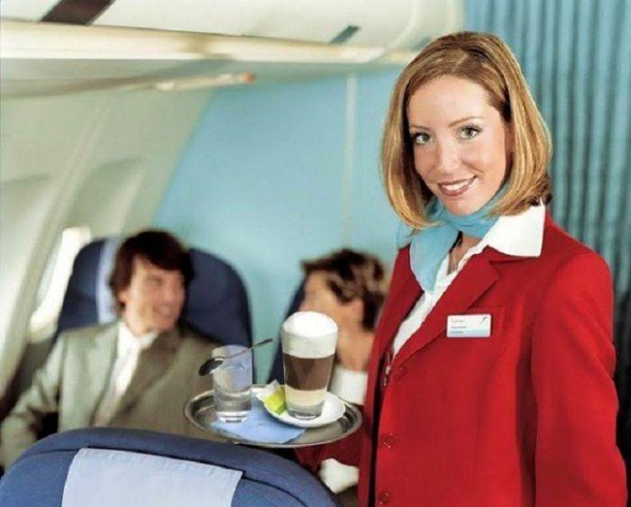 34cdc3a099c395e4823ba80985d842ad - דיילות סקסיות מחברות תעופה מכל רחבי העולם (45 תמונות)