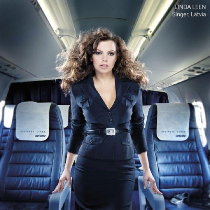 4433de587f874b52fa9ef430c529deac - דיילות סקסיות מחברות תעופה מכל רחבי העולם (45 תמונות)
