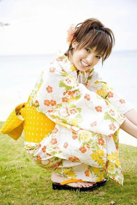 edd09d09ad263f1cbe0e1b2242086002 - יפניות סקסיות בקימונו (24 תמונות)