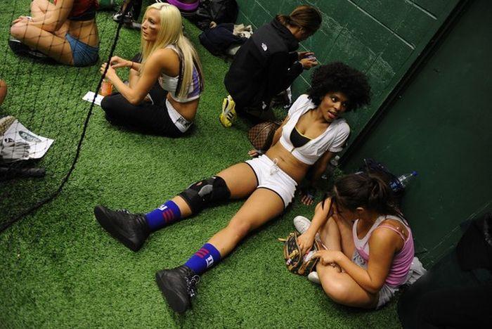 9ec9355a03739350d169166b3fd4fac1 - הצד השני של ליגת פוטבול נשים (35 תמונות)