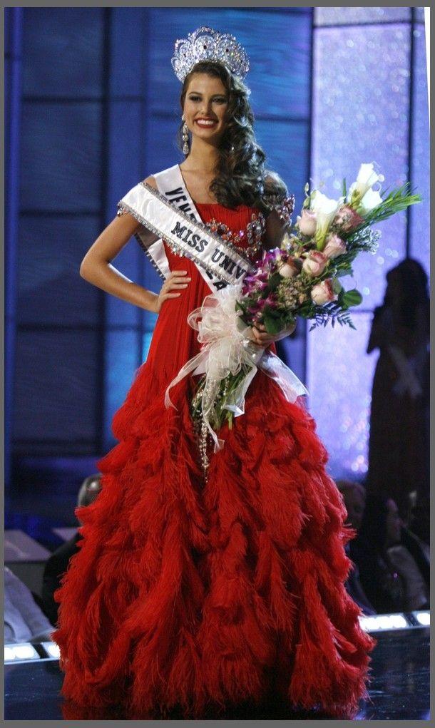 eddd2c4a59e5fa0ce8708b263c889685 - מיס וונצואלה סטפניה פרננדז היא מיס יוניברס 2009 (24 תמונות)