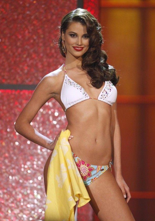 69cbf424bef39837bceaaf397211dbab - מיס וונצואלה סטפניה פרננדז היא מיס יוניברס 2009 (24 תמונות)