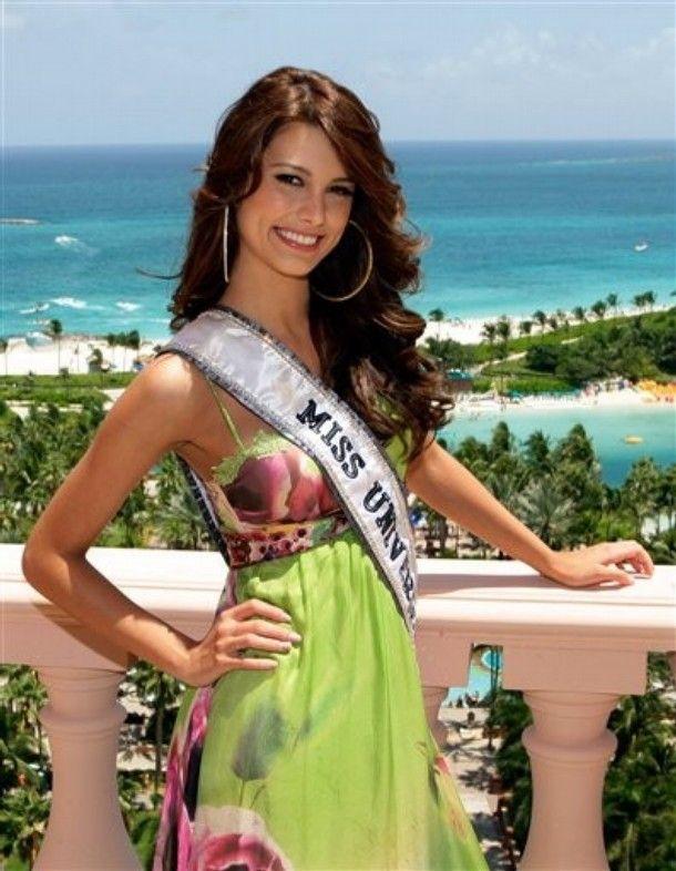 8c21585cc7897f31ce926720224b8d5d - מיס וונצואלה סטפניה פרננדז היא מיס יוניברס 2009 (24 תמונות)