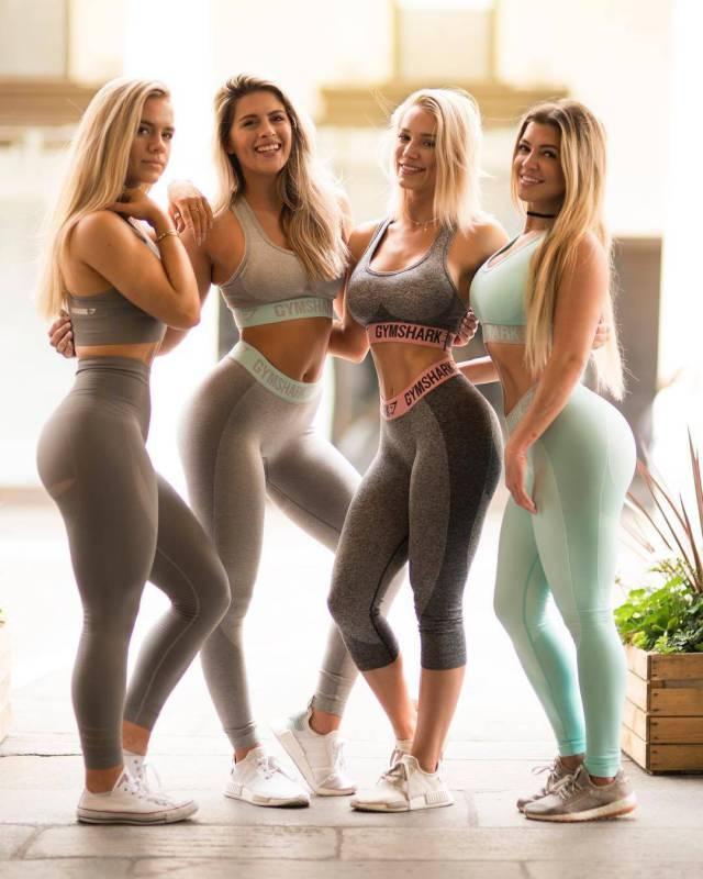 b6b73b1b22679bfa584d8ce180036af0 - בנות סקסיות שמצטלמות ביחד תמיד יותר טוב (25 תמונות)