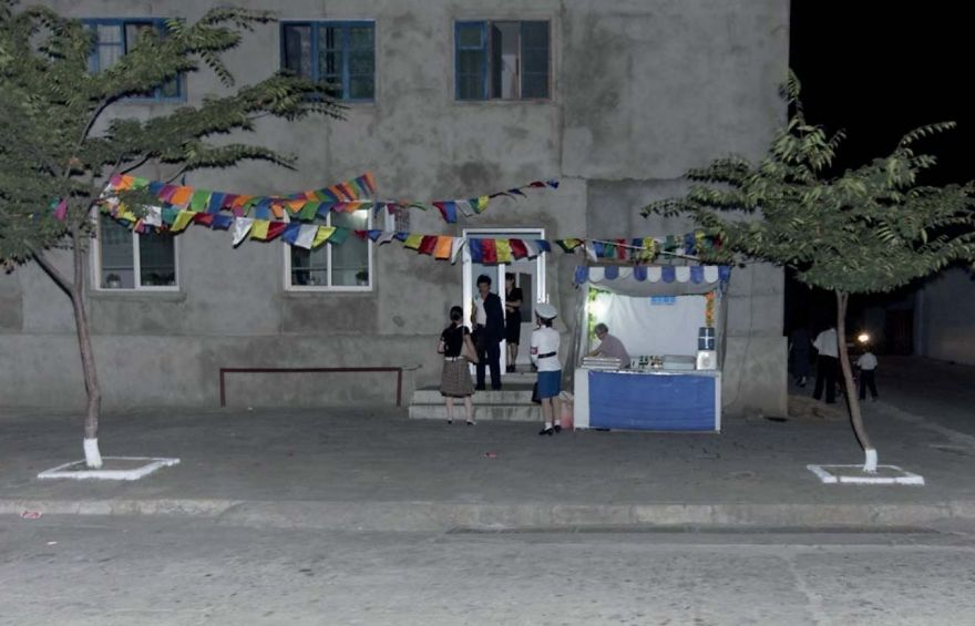 smuggled out photos north korea eric lafforgue 5a4f2c52d124b  880 - 51 תמונות שקים ג'ונג-און (מנהיג צפון קוריאה) לא היה רוצה שתראו והצלם סיכן את חיו בשביל זה