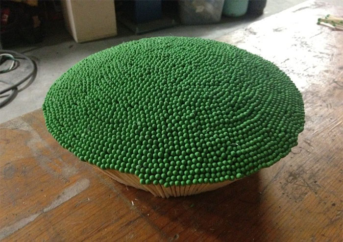 sphere of 42000 matches wallacemk 4 5a83ea0308ca2  700 - גיא השקיע כמעט שנה ולהדביק 42,000 גפרורים רק כדי לעשות מזה צורה של כדור ענק - רק בשביל לשרוף