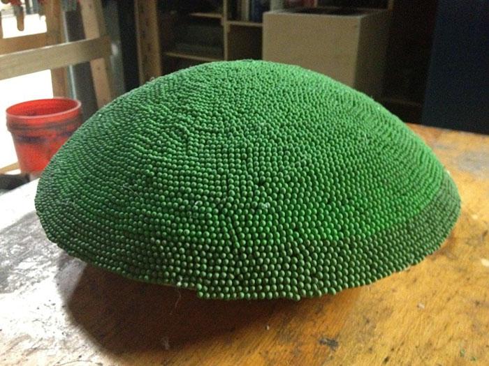 sphere of 42000 matches wallacemk 10 5a83ea0da42d2  700 - גיא השקיע כמעט שנה ולהדביק 42,000 גפרורים רק כדי לעשות מזה צורה של כדור ענק - רק בשביל לשרוף