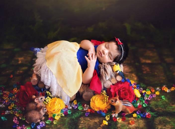 f9ca81384cec5865e833ade1f4fab144 - תינוקות מצולמות בסטייל נסיכות דיסני